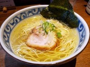 名古屋コーチンと日内地鶏の中華蕎麦の塩